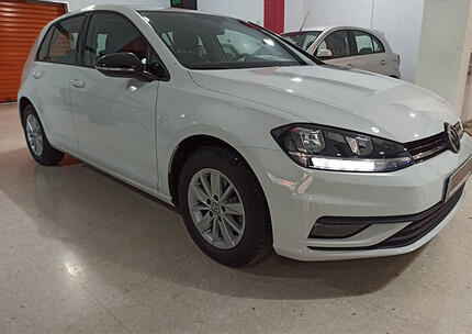 Volkswagen golf tsi business